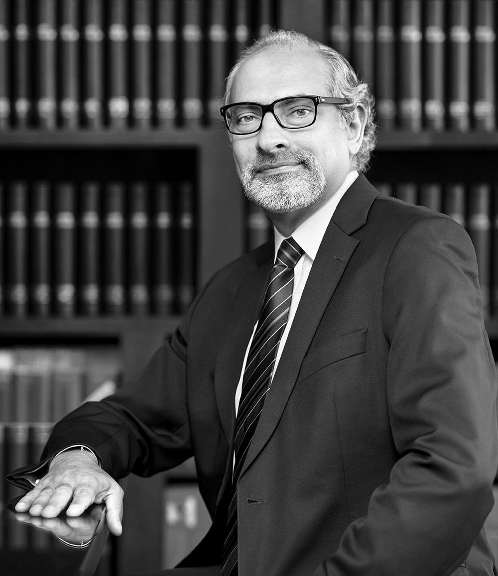 Alain R. Zahlan de Cayetti